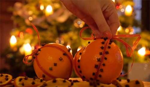 апельсиновый помандер как егрушка для новогодней елки