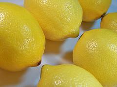 аромат лимона подталкивает людей к денежным тратам