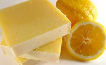 лимоны и кусок мыла