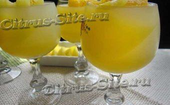 апельсиновое желе в бокале