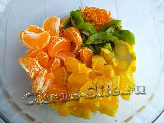смесь фруктов